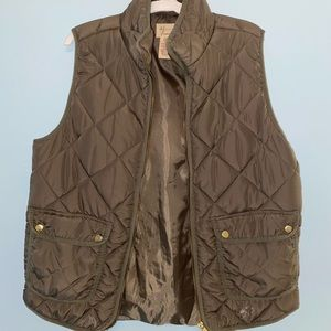 Andrea Jovine Army Green Puffer Vest